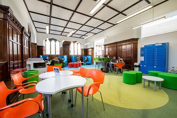 University of Gloucestershire - Archive Area